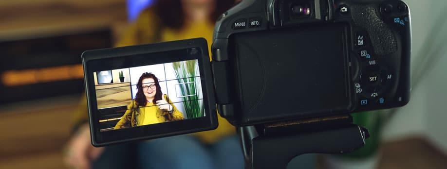 Selbstbewusst Auftreten vor der Kamera